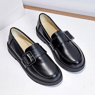 韓國KW美鞋館 時尚元素歐美平底鞋-黑色