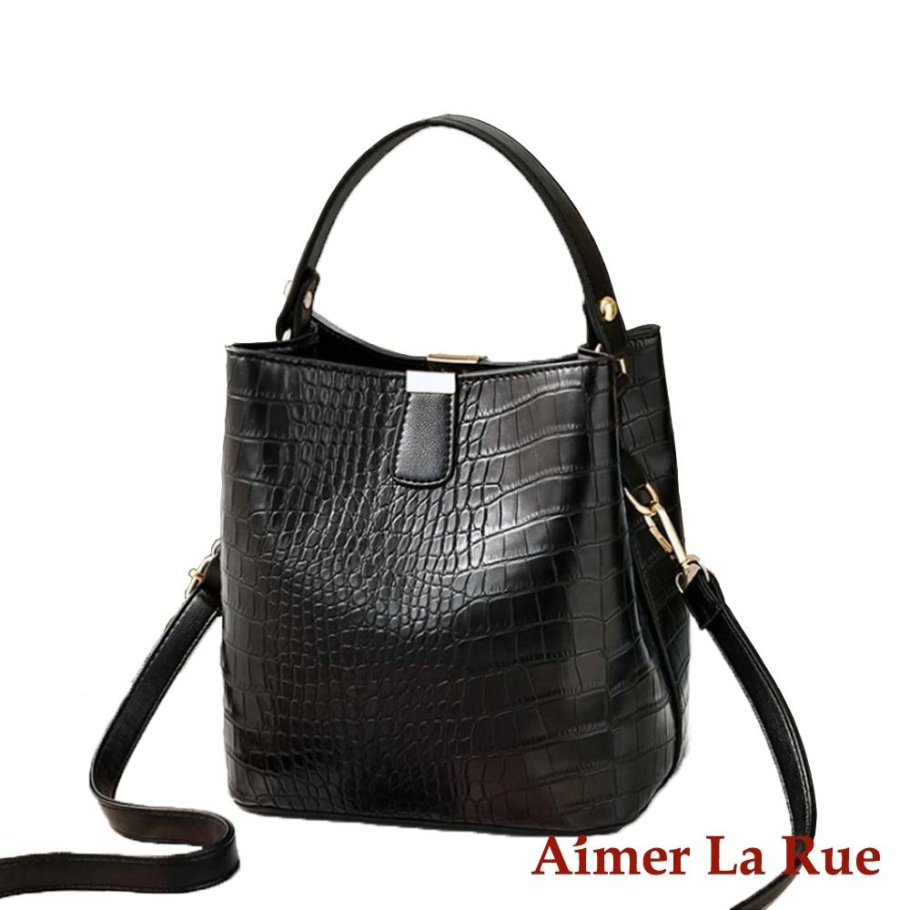 Aimer La Rue 克蕾伊鱷魚紋大開口手提側背水桶包(黑色)