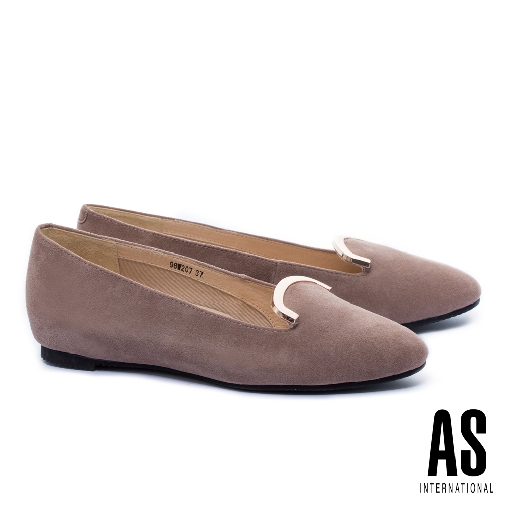 平底鞋 AS 知性典雅金屬飾羊麂皮樂福平底鞋-杏