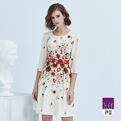 ILEY伊蕾 玫瑰印花七分袖圓領洋裝(白)