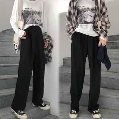 【韓國K.W.】(預購)破盤價可愛青春直筒褲-2色