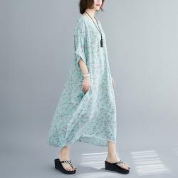清新水藍小碎花五分袖寬鬆洋裝F-Keer