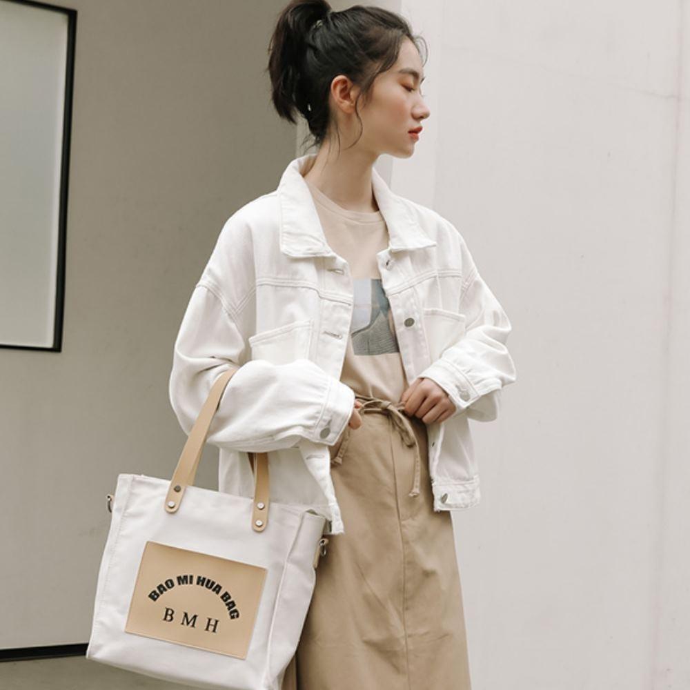 La Belleza素面雙大口袋鐵釦水洗牛仔短版外套 product image 1