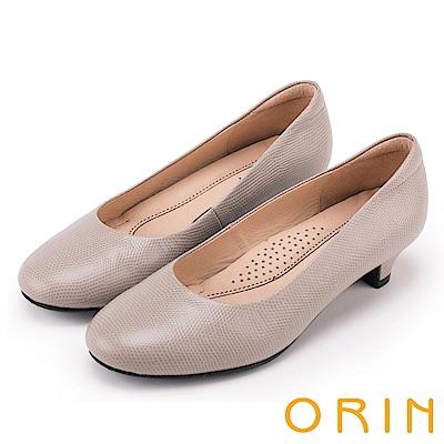 ORIN 簡約時尚OL 牛皮百搭素面低跟鞋-灰色