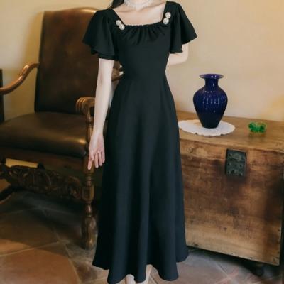 氣質黑色復古珍珠釦飾方領洋裝S-L-Sexy Devil