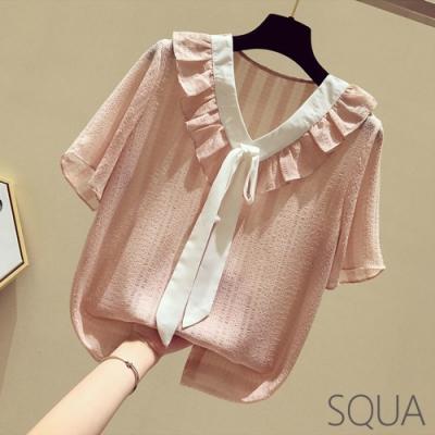 SQUA V領荷葉綁帶領口壓紋上衣-二色-(S~L)
