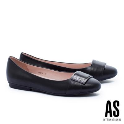 平底鞋 AS 白鑽方釦全真皮圓頭平底鞋-黑