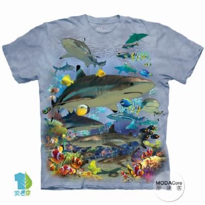 摩達客-預購-美國進口The Mountain 鯊魚礁 兒童版純棉環保藝術中性短袖T恤