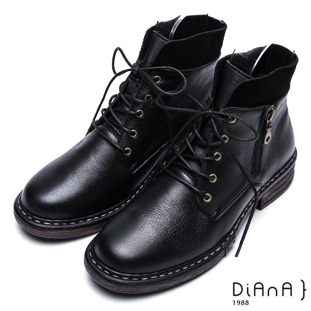 DIANA英挺牛皮x麂皮異材質拼接綁帶短靴-復古英倫-黑