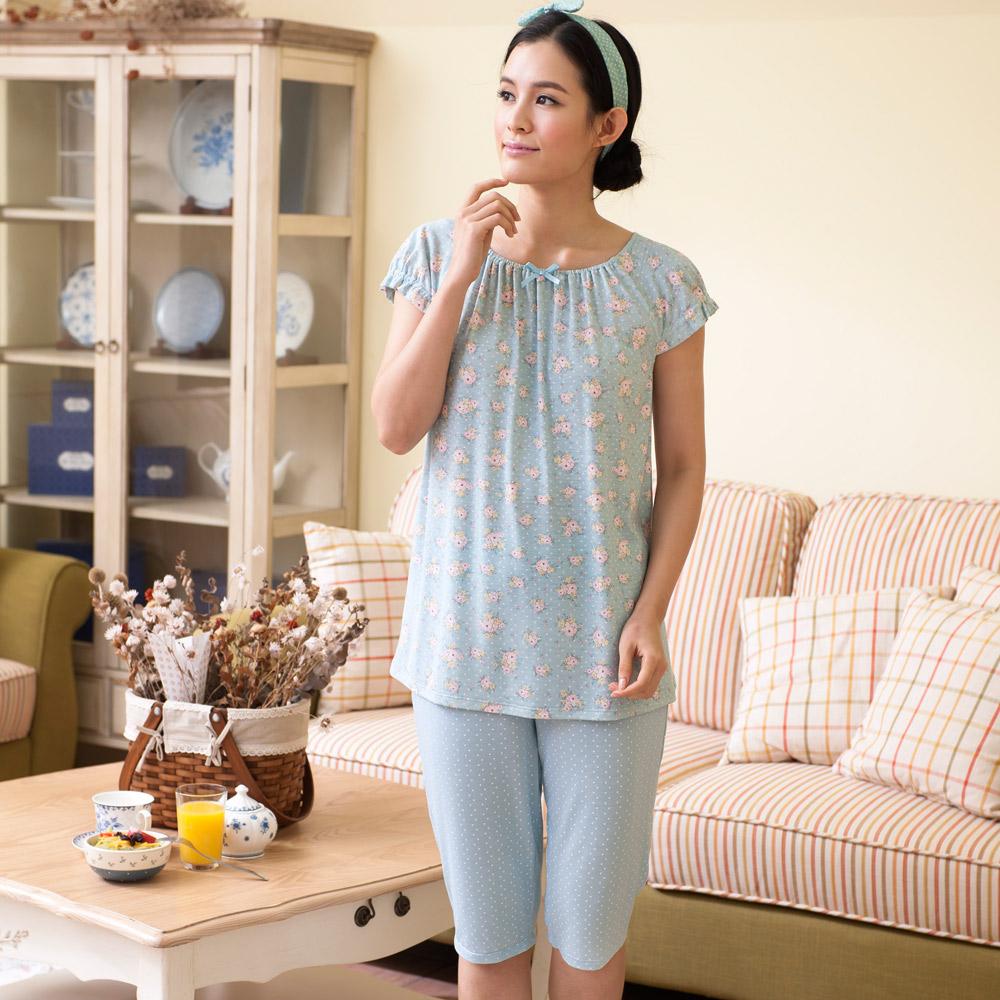 華歌爾睡衣-居家休閒二件式 M-L 短袖衣褲裝(花朵藍)