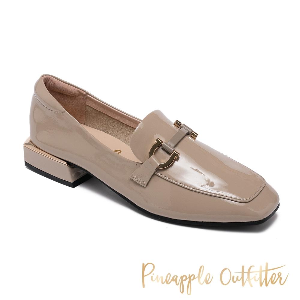 Pineapple Outfitter-EDITH 真皮金屬釦方頭低跟穆勒鞋-奶茶棕