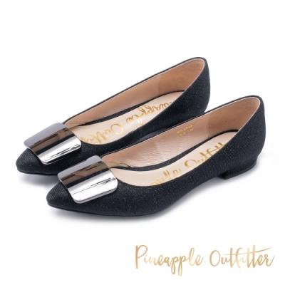 Pineapple Outfitter 低調成穩 銀飾晶鑽尖頭低跟鞋-閃耀黑