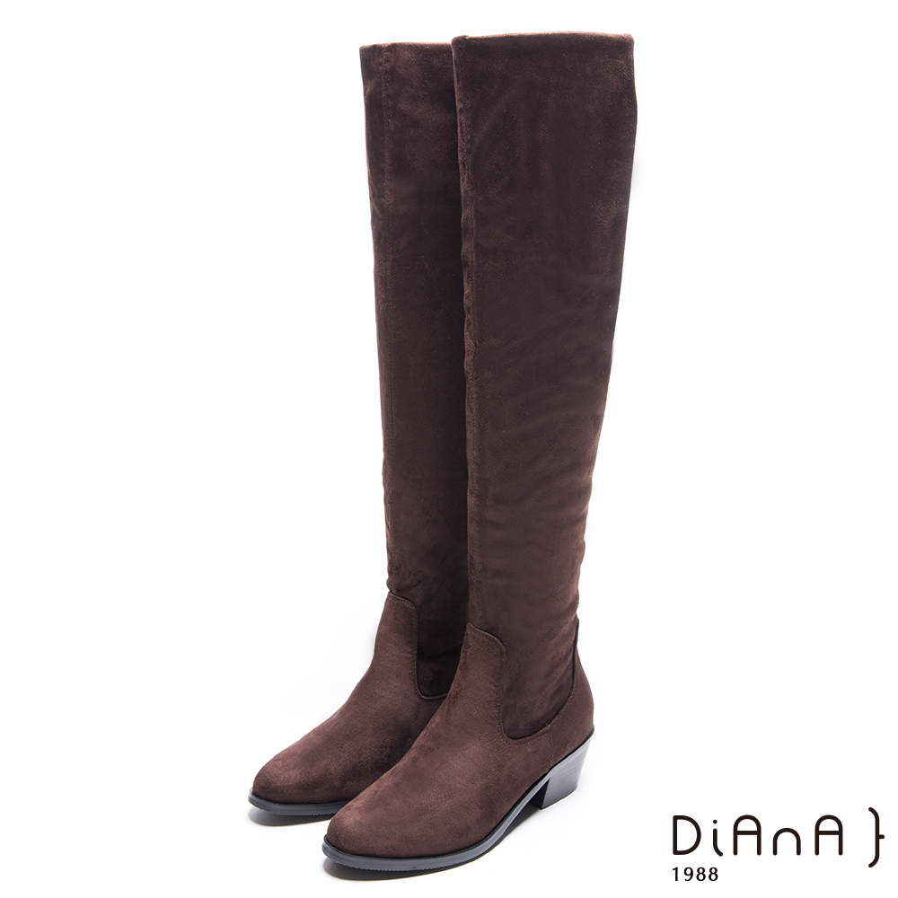 DIANA 素雅魅力–質感羊絨修飾粗跟長靴 – 咖