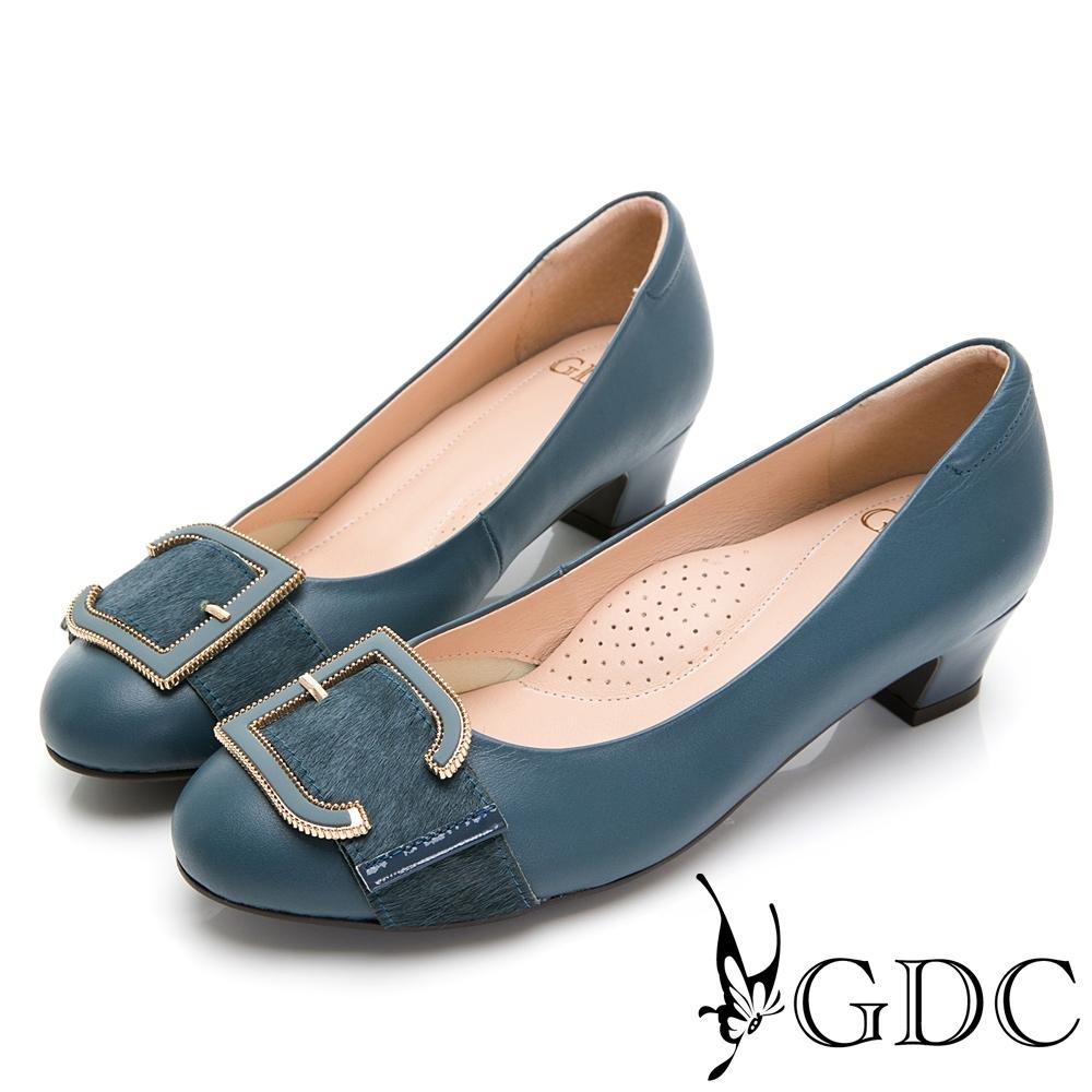GDC-真皮馬毛歐美知性設計感釦飾低跟鞋-藍色