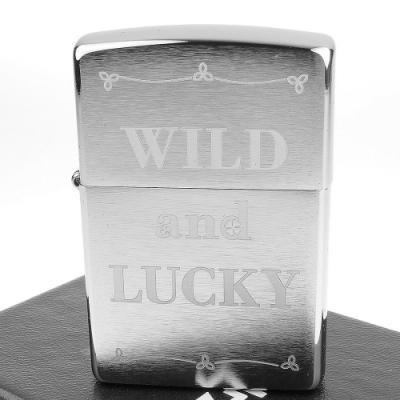 ZIPPO 美系~Wild and Lucky-狂野與幸運字樣設計打火機