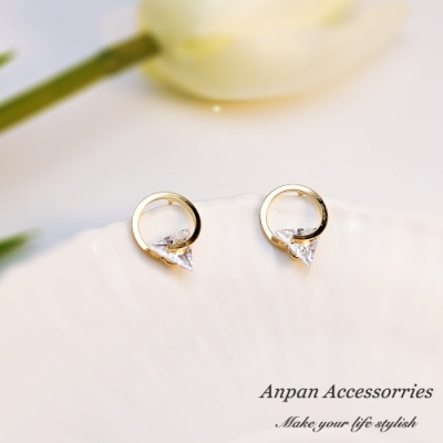 【ANPAN愛扮】韓南大門金圓浪漫三角鑽耳釘式耳環