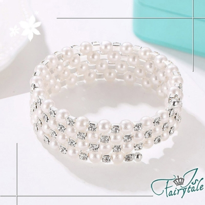 iSFairytale伊飾童話 珍珠纏鑽 四層環繞彈性手環