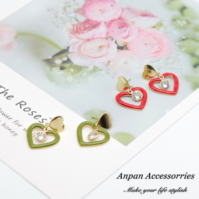 【ANPAN愛扮】韓東大門LOVELY浪漫愛心鑲鑽925銀針耳釘式耳環(紅綠可選)