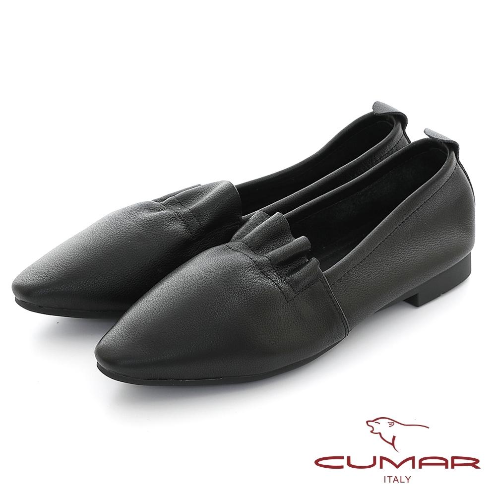 【CUMAR】抓皺柔軟小方頭平底鞋-黑