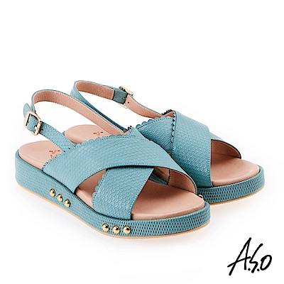 A.S.O 雅緻魅力 牛皮壓紋鉚釘綴飾輕量奈米鞋墊休閒涼鞋 淺藍