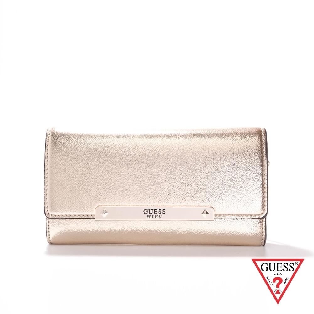 GUESS-女包-金屬磁釦鍊條長夾包-金