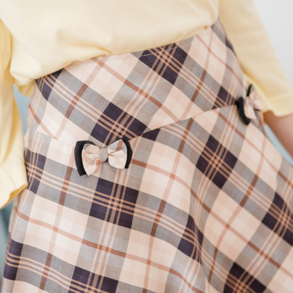 【Kinloch Anderson 金安德森女裝】剪接格布五分裙