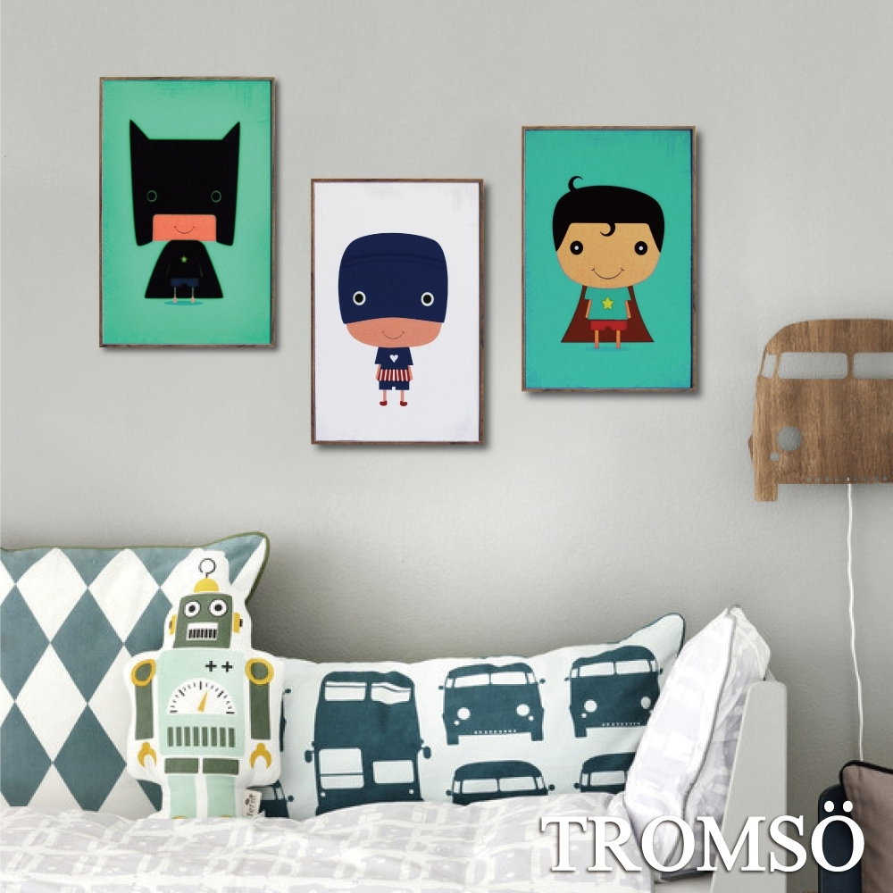 TROMSO北歐生活版畫有框畫-俏皮英雄WA101(三幅一組)