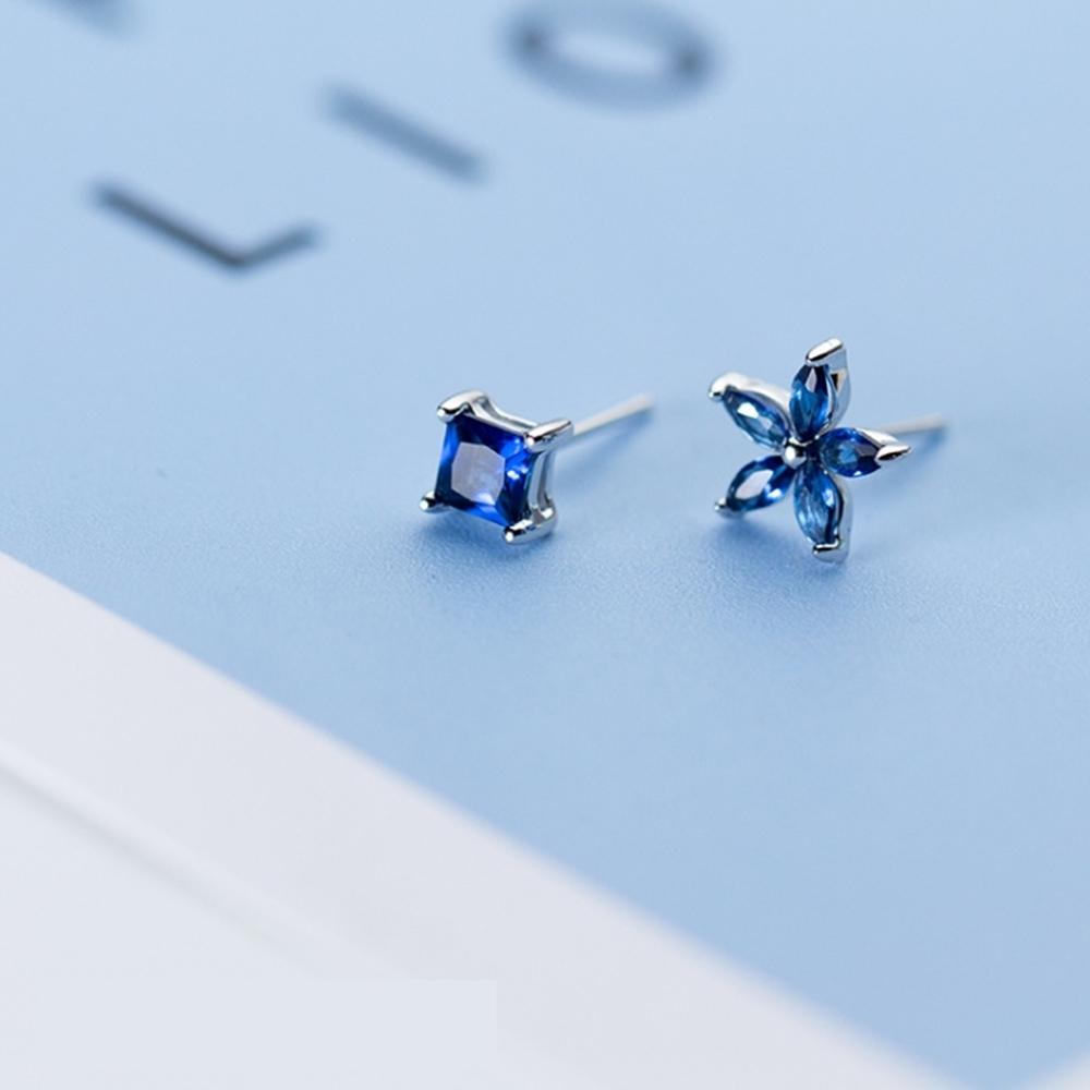 梨花HaNA 韓國925純銀微鑲不對稱藍鑽花兒晶石耳環