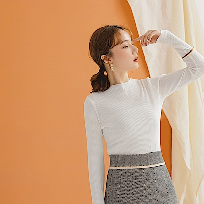 柔膚滑感坑條細針織長袖上衣-OB大尺碼