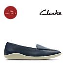 Clarks 春日物語 簡約至上柔軟樂福鞋 海軍藍