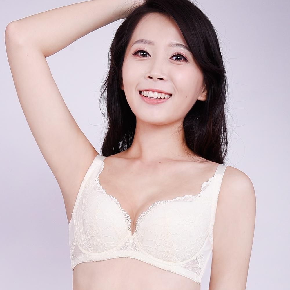 思薇爾 半熟美人系列B-F罩蕾絲包覆內衣(珍珠米)