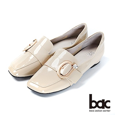 bac愛趣首爾-俏皮歪方頭軟漆皮單顆鑽釦樂福鞋平底鞋-杏