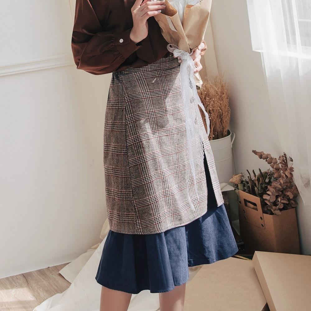 雕花造型釦拼接毛呢格紋中長裙-OB大尺碼