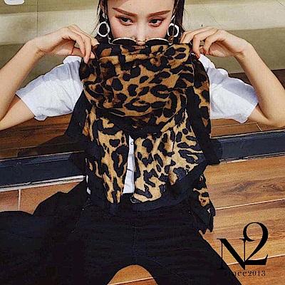 圍巾 正韓豹紋圖樣黑色滾邊長版圍巾披肩(咖啡) N2