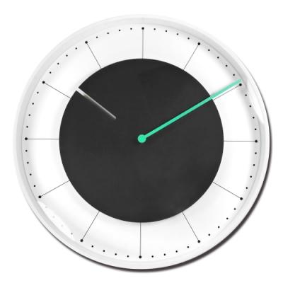 12吋 居家擺飾 鏤空造型 北歐風 無印風 餐廳客廳臥室 靜音 圓掛鐘 - 白黑色