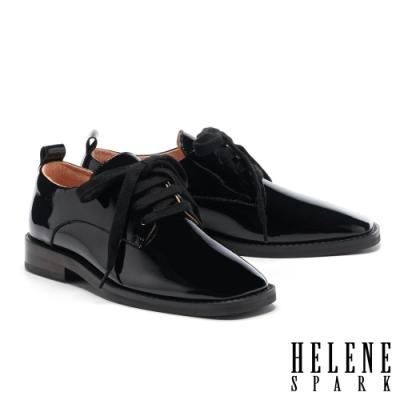 低跟鞋 HELENE SPARK 文藝復古格調綁帶方頭低跟鞋-黑