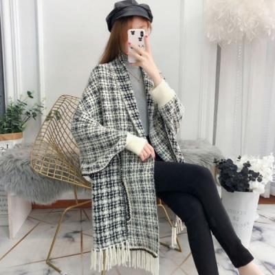 La Belleza格紋金蔥質感手袖雙口袋流蘇毛料網美披肩式外套