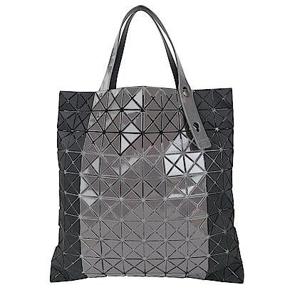 ISSEY MIYAKE 三宅一生 BAOBAO 10x10 雙材質幾何透光手提包(黑灰)