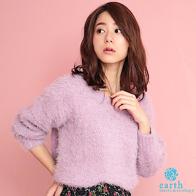 earth music 素面毛絨V領針織上衣