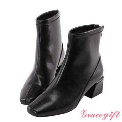 Grace gift-質感素面方頭短靴 黑