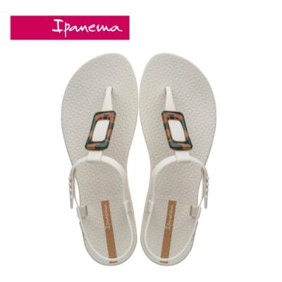 Ipanema  CLASS LIFE 方型琥珀裝飾T字涼鞋-米