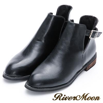 River&Moon短靴-金屬釦環側挖空低跟短靴-黑