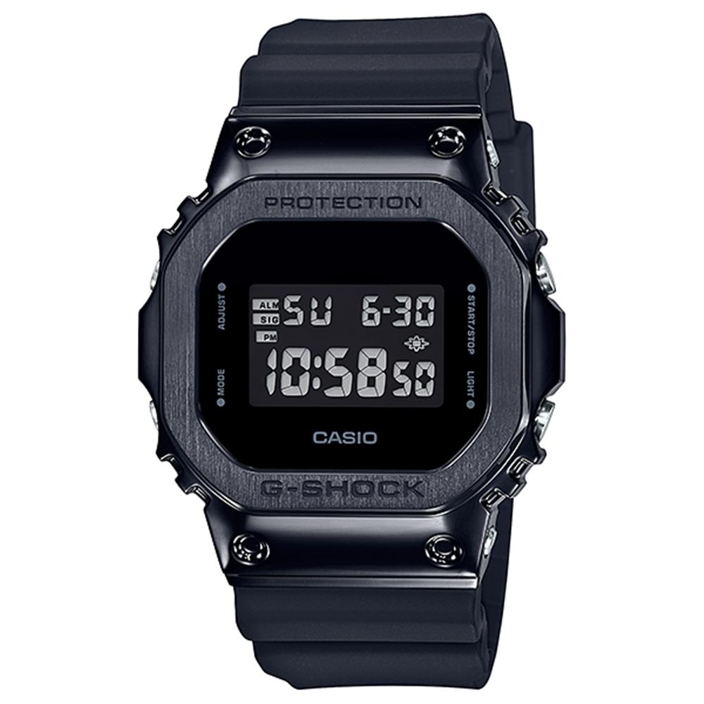 CASIO卡西歐  G-SHOCK系列 經典手錶(GM-5600B-1)-黑/43.2mm