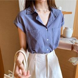 中大尺碼素色雙口袋半袖捲邊開釦棉麻襯衫L~4L-Ballet Dolly