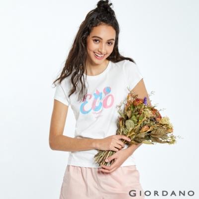 【GIORDANO】女裝DEAR WORLD系列印花T恤-11 皎雪