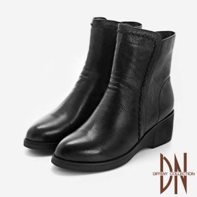 DN短靴_舒適真皮縫線造型微抓皺楔型短靴-黑