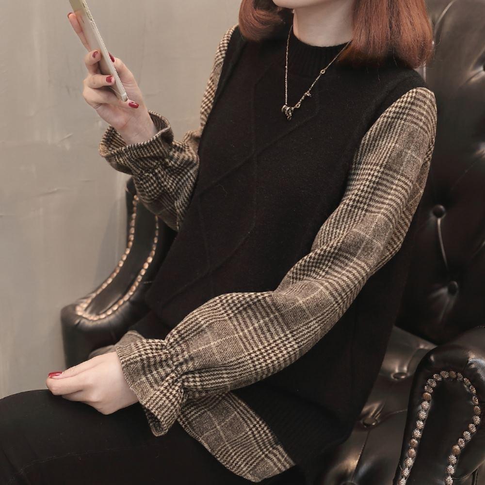 La Belleza假兩件圓領菱格包心紗針織下擺拼接咖啡色格紋上衣