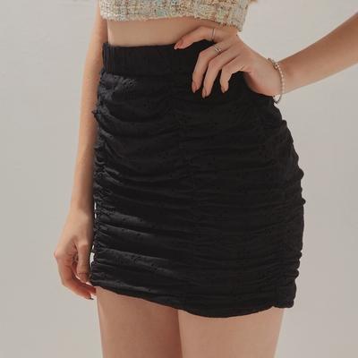 AIR SPACE 燒花蕾絲皺皺包臀短裙(黑)