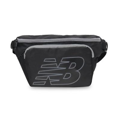 New Balance 腰包 NB Waist Pack 男女款 紐巴倫 斜背包 外出 輕便 穿搭 黑 灰 LAB13150BGR