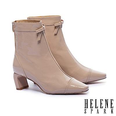 短靴 HELENE SPARK 個性皺漆皮蝴蝶結方頭高跟短靴-粉